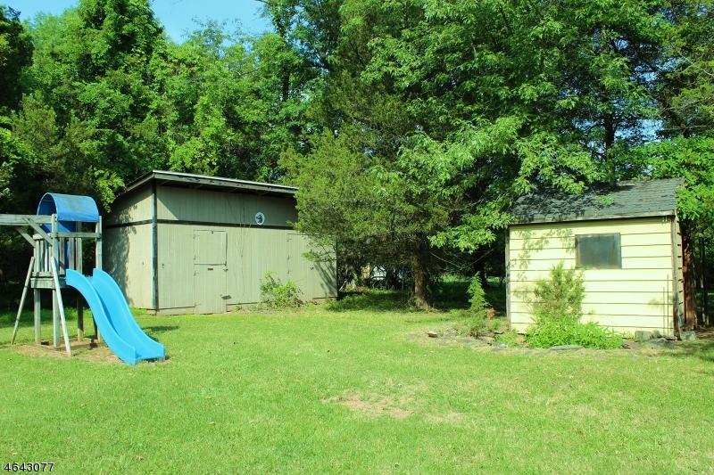 Additional photo for property listing at 126 Pulaski Road  怀特豪斯站, 新泽西州 08889 美国