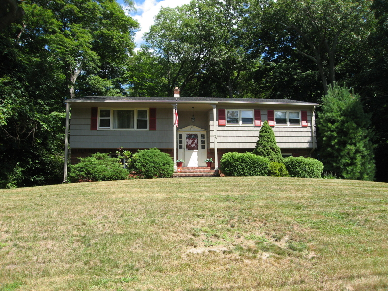 Additional photo for property listing at 78 Choctaw Trail  Ringwood, New Jersey 07456 United States