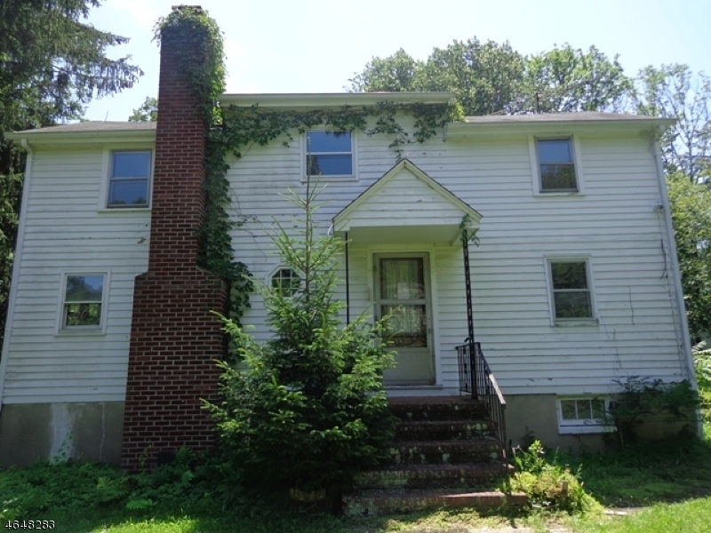 Single Family Home for Sale at 495 Long Hill Road Hillsborough, New Jersey 08844 United States