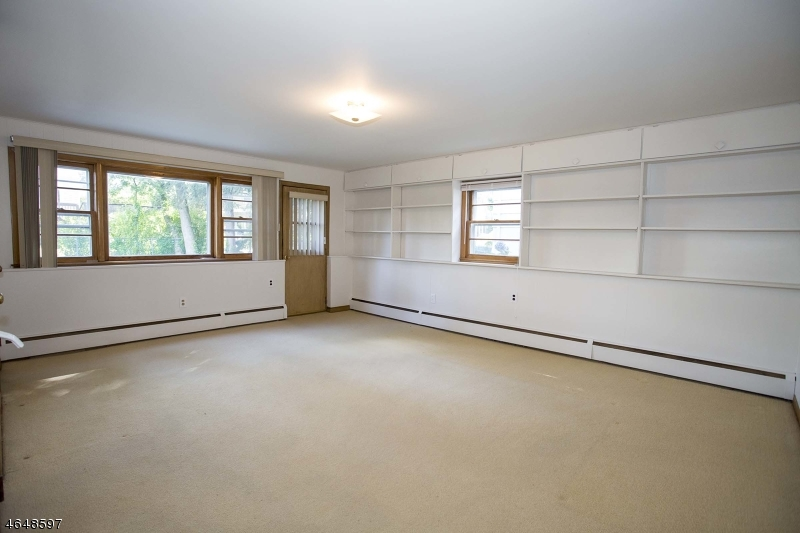Additional photo for property listing at 123 Beech Street  Cranford, New Jersey 07016 États-Unis
