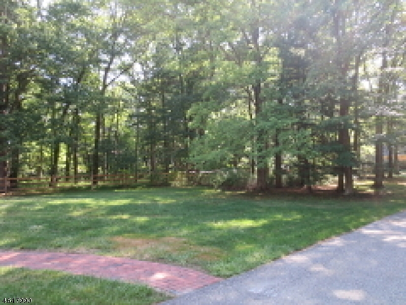 Additional photo for property listing at 81 Gaston Road  Morristown, New Jersey 07960 United States