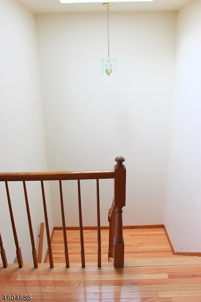 Additional photo for property listing at 303 Cheyenne Road  Andover, New Jersey 07848 United States