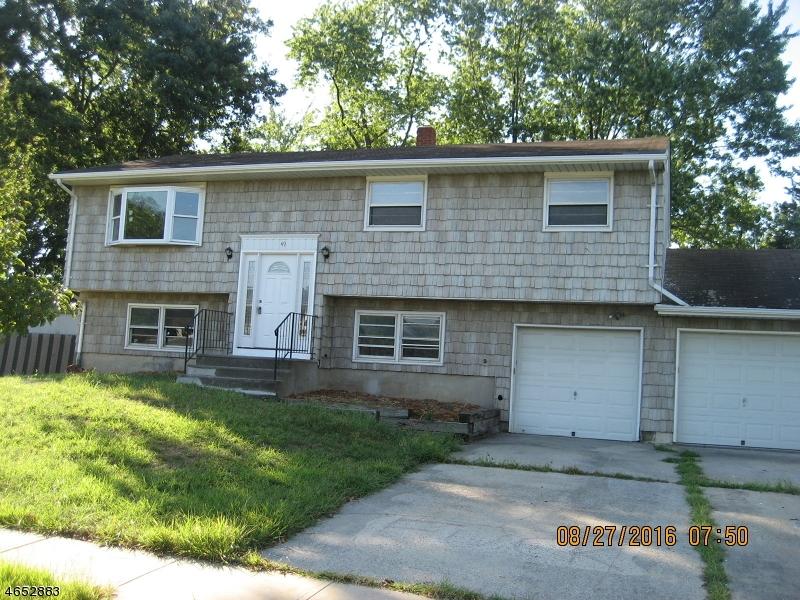 Maison unifamiliale pour l Vente à 49 Cori Street Parlin, New Jersey 08859 États-Unis