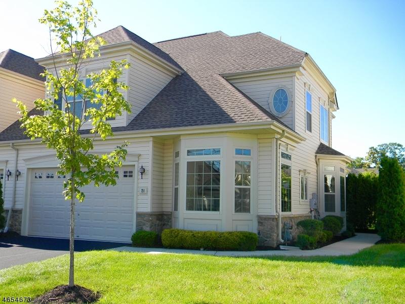 Maison unifamiliale pour l Vente à 21 Sylvia Street Phillipsburg, New Jersey 08865 États-Unis