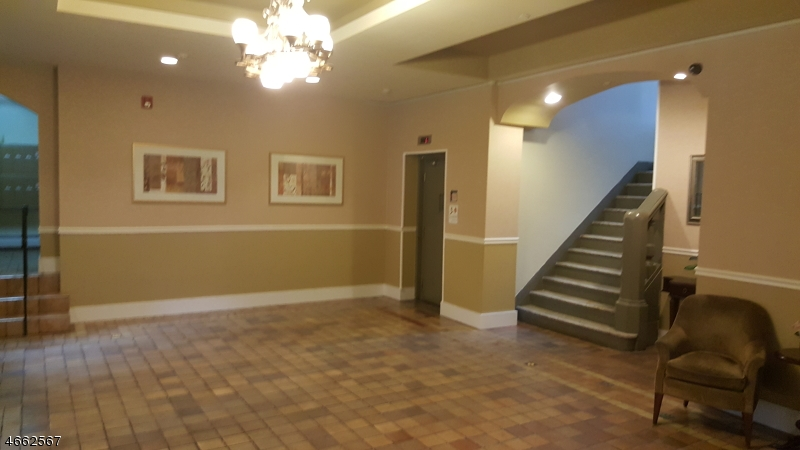 Additional photo for property listing at Address Not Available  Newark, Nueva Jersey 07112 Estados Unidos