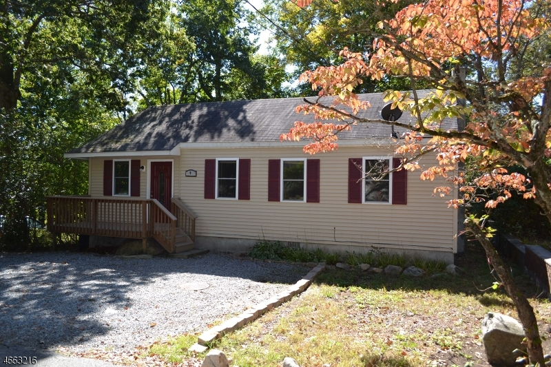 Single Family Home for Rent at 4 Bear Pond Trail Andover, 07821 United States