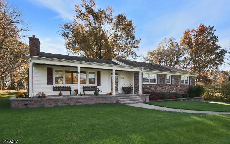 独户住宅 为 销售 在 41 Woodcrest Road 惠帕尼, 07981 美国