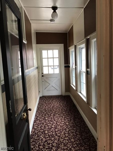 Частный односемейный дом для того Аренда на 453 W Milton Avenue Rahway, Нью-Джерси 07065 Соединенные Штаты
