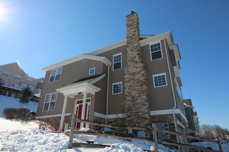 Частный односемейный дом для того Продажа на 62 Indigo Road Allamuchy, 07840 Соединенные Штаты