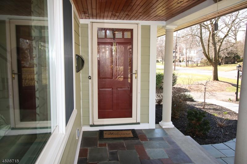 Casa Unifamiliar por un Venta en 200 Katherine Road Ridgewood, Nueva Jersey 07450 Estados Unidos