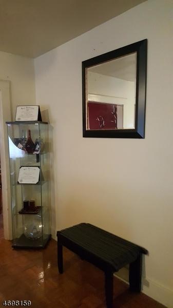 Частный односемейный дом для того Аренда на 15 Cottage Place East Orange, Нью-Джерси 07017 Соединенные Штаты