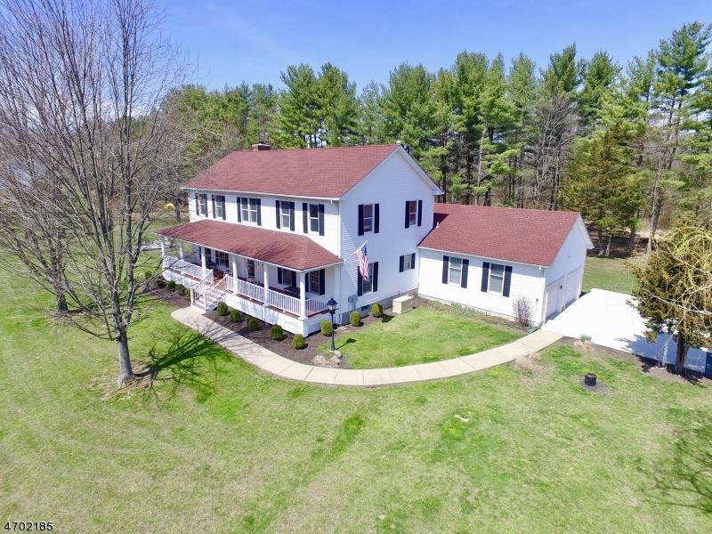 Частный односемейный дом для того Продажа на 313 Byram Kingwood Road Frenchtown, 08825 Соединенные Штаты