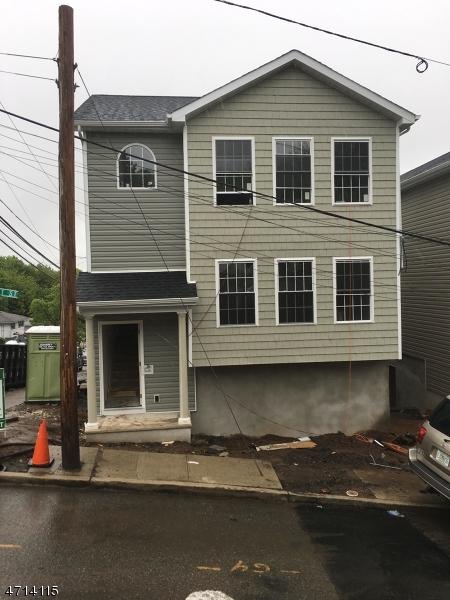 Maison unifamiliale pour l à louer à 72-74 GARRET Street Paterson, New Jersey 07501 États-Unis