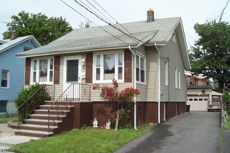 独户住宅 为 销售 在 33 Union St, HM Moonachie, 新泽西州 07074 美国