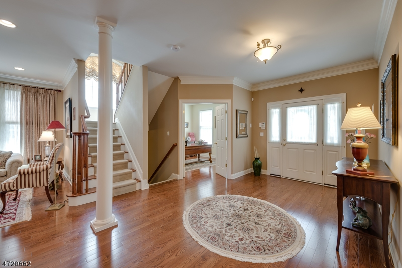Additional photo for property listing at 43 Helms Mill Road 43 Helms Mill Road Hackettstown, 新澤西州 07840 美國