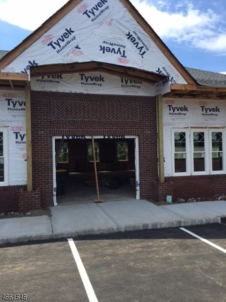 Additional photo for property listing at 28 Mountain Blvd  Warren, Нью-Джерси 07059 Соединенные Штаты