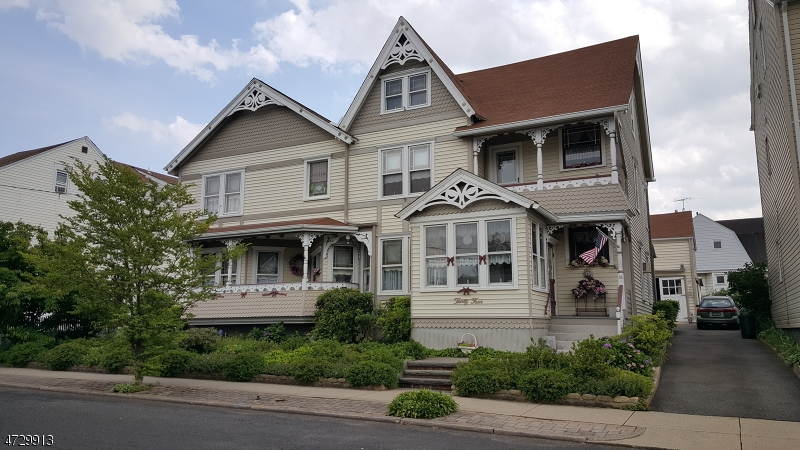 Single Family Home for Rent at 34 Norwood Street Haledon, New Jersey 07508 United States