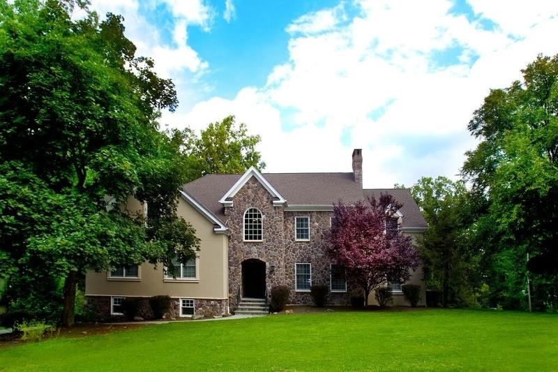 独户住宅 为 出租 在 22 Highlands Avenue 斯普林菲尔德, 新泽西州 07081 美国