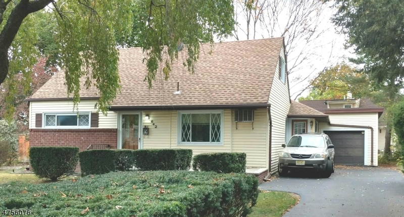 Single Family Home for Sale at 642 ARCADIA Road Ridgewood, New Jersey 07450 United States