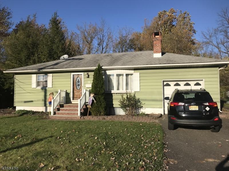 独户住宅 为 销售 在 15 Glenbrook Road Ogdensburg, 新泽西州 07439 美国