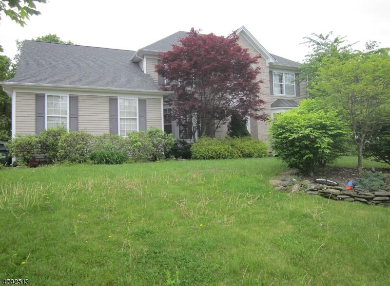 Μονοκατοικία για την Πώληση στο 43 DORSET DRIVE Mount Olive, Νιου Τζερσεϋ 07840 Ηνωμενεσ Πολιτειεσ