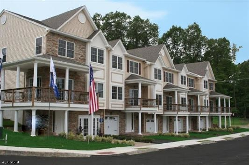 Condo / Townhouse for Sale at 43 Halina Lane Butler, New Jersey 07405 United States