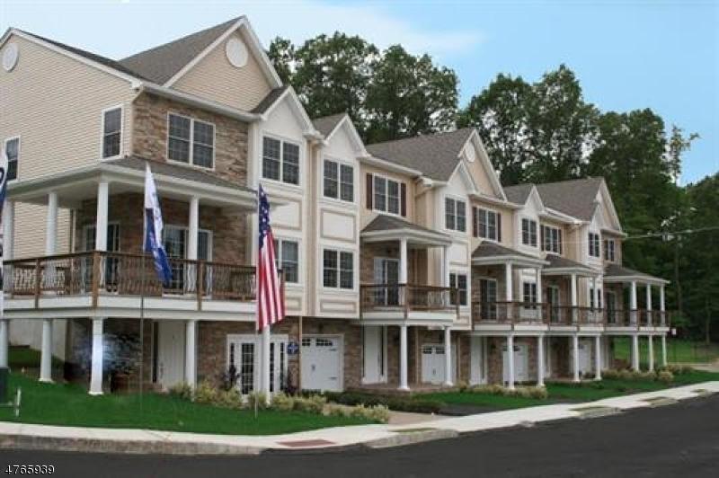 Maison unifamiliale pour l Vente à 43 Halina Lane 43 Halina Lane Butler, New Jersey 07405 États-Unis