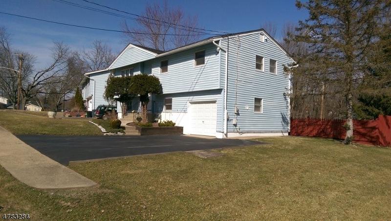 Einfamilienhaus für Verkauf beim 73 Paterson Avenue 73 Paterson Avenue Newton, New Jersey 07860 Vereinigte Staaten