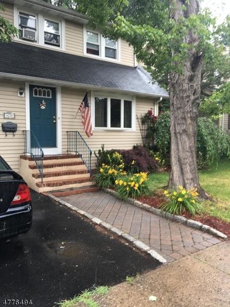 一戸建て のために 売買 アット 27 River Edge Road Bergenfield, ニュージャージー 07621 アメリカ合衆国