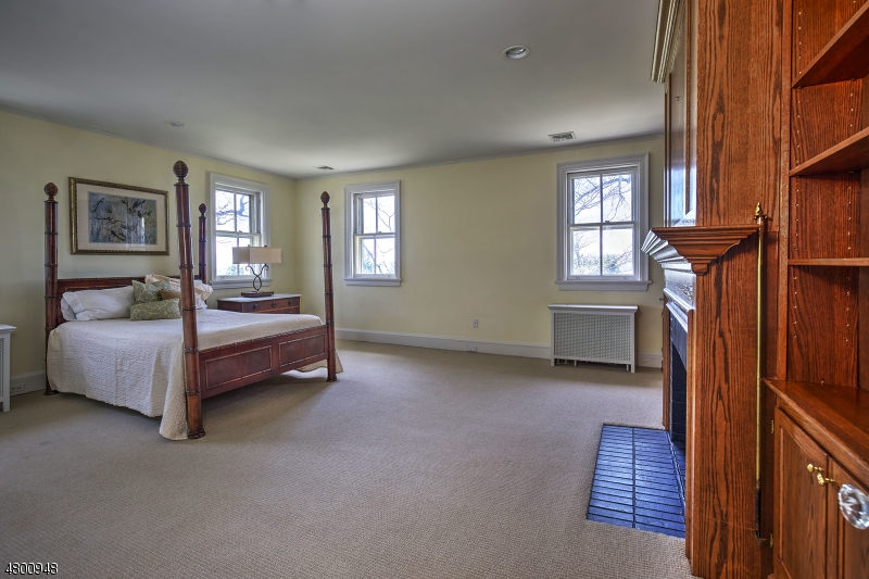 Additional photo for property listing at 2 Oak Forest Ln 2 Oak Forest Ln Mendham Borough, New Jersey 07945 United States