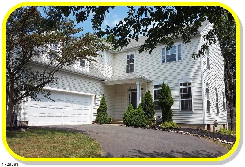 Частный односемейный дом для того Аренда на 23 HONEYMAN Road Bernards Township, Нью-Джерси 07920 Соединенные Штаты