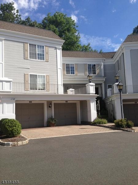 Chung cư / Căn hộ vì Thuê tại 190 RIVEREDGE Drive Chatham, New Jersey 07928 Hoa Kỳ