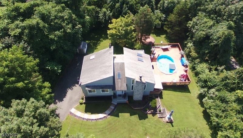 Villa per Vendita alle ore 19 HAINESBURG RIVER Road Knowlton, New Jersey 07832 Stati Uniti