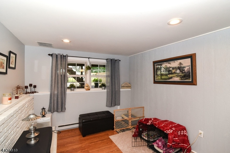 Additional photo for property listing at 932 MAPLE Avenue  Stillwater, 新澤西州 07860 美國