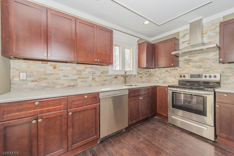 Villa per Vendita alle ore 50 BUTTERNUT Road Vernon, New Jersey 07462 Stati Uniti