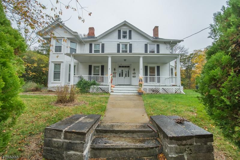 Nhà ở một gia đình vì Thuê tại 55 MADISON Street Newton, New Jersey 07860 Hoa Kỳ