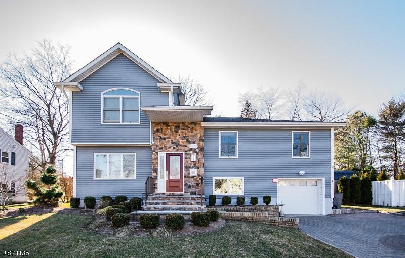 Maison unifamiliale pour l Vente à 39 KNOTT TER Fair Lawn, New Jersey 07410 États-Unis