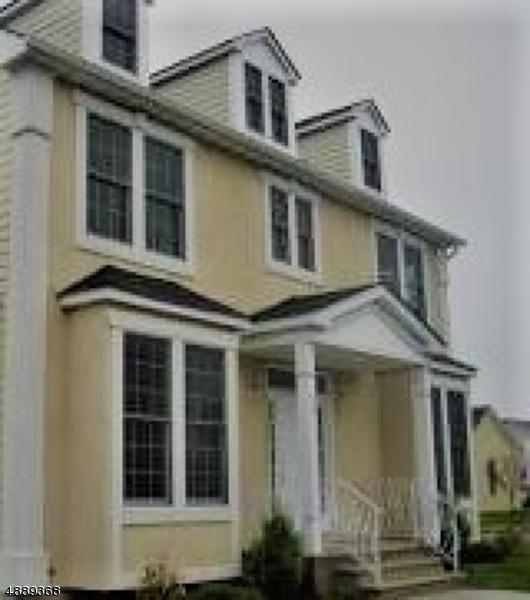 single family homes pour l Vente à East Orange, New Jersey 07017 États-Unis