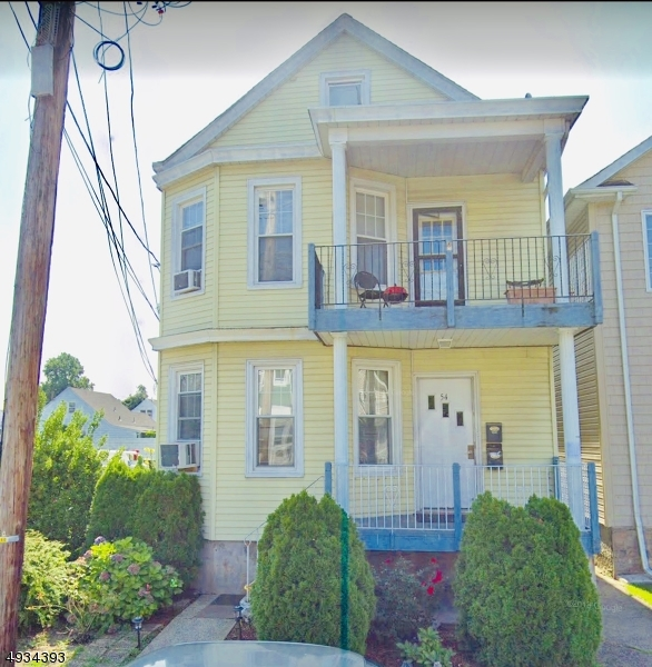 Multi-Family Homes für Verkauf beim Haledon, New Jersey 07508 Vereinigte Staaten