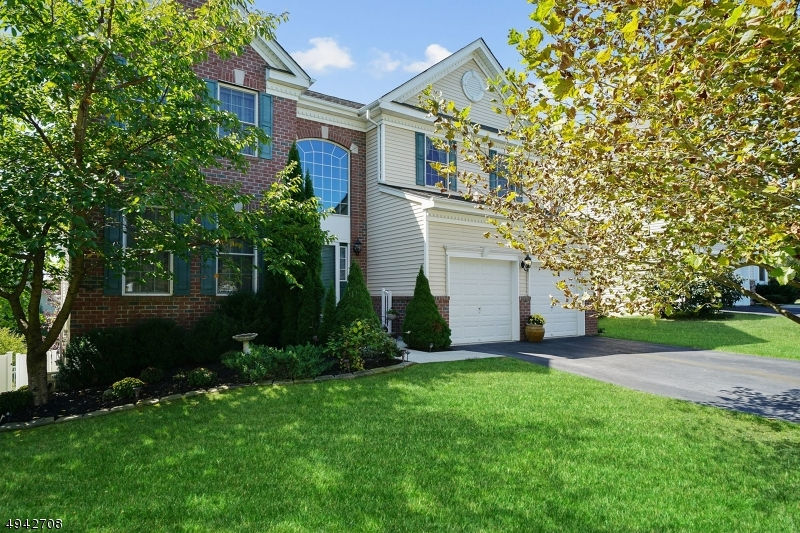 Single Family Homes für Verkauf beim Hackettstown, New Jersey 07840 Vereinigte Staaten