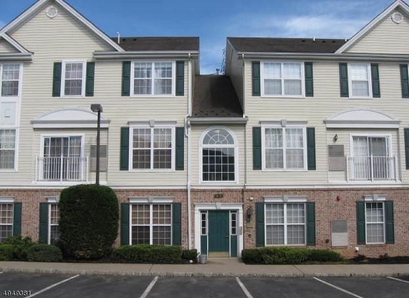 Condominio/ Casa de pueblo por un Alquiler en Lopatcong, Nueva Jersey 08865 Estados Unidos
