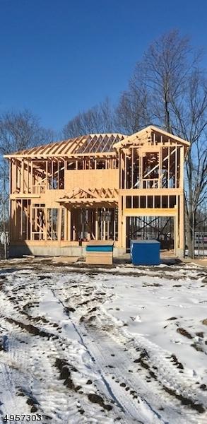 Single Family Homes للـ Sale في 65 RAILROAD Avenue Netcong, New Jersey 07857 United States