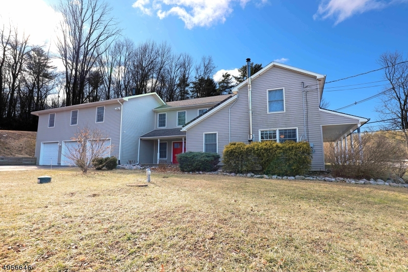 Single Family Homes 為 出售 在 Montague, 新澤西州 07827 美國