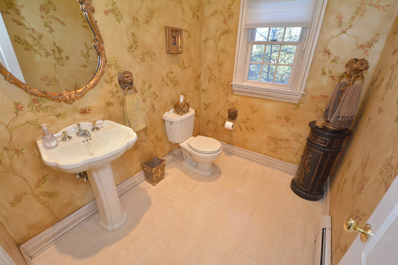 Additional photo for property listing at 14 Patrick Brem  Mahwah, New Jersey 07430 États-Unis