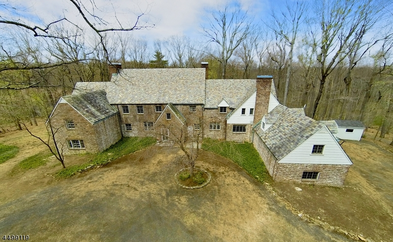 独户住宅 为 销售 在 7 Horseshoe Bend Road 门德汉姆, 07945 美国