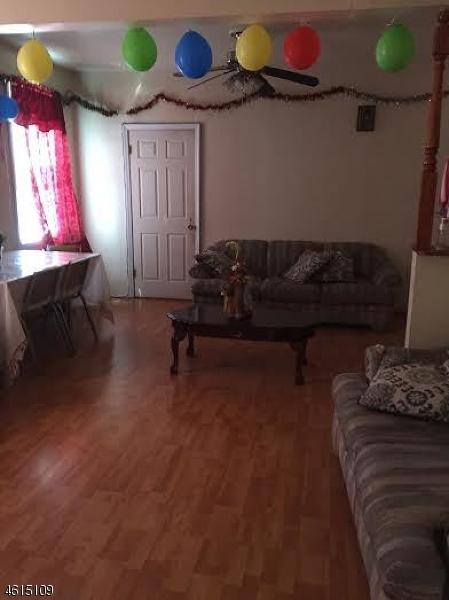 Additional photo for property listing at 210-212 NILES Street  Elizabeth, 新泽西州 07202 美国