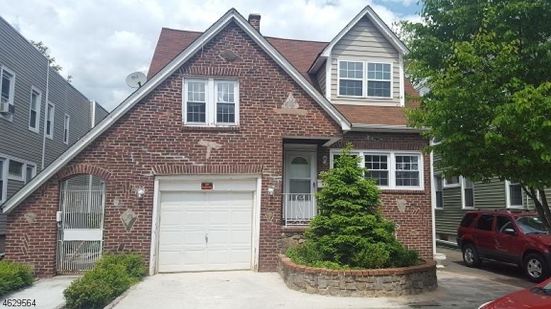 Maison avec plusieurs logements pour l Vente à 1014 Chandler Avenue Linden, New Jersey 07036 États-Unis