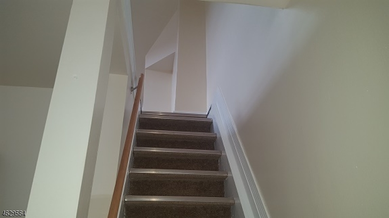 Additional photo for property listing at 1014 Chandler Avenue  Linden, New Jersey 07036 États-Unis
