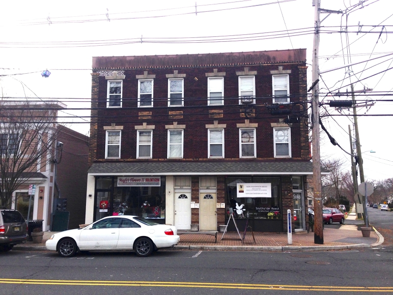 Additional photo for property listing at 300 Centennial Avenue  Cranford, New Jersey 07016 États-Unis