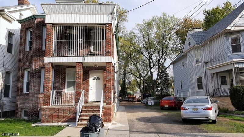Casa Multifamiliar por un Venta en 126 Elm Street Elizabeth, Nueva Jersey 07208 Estados Unidos